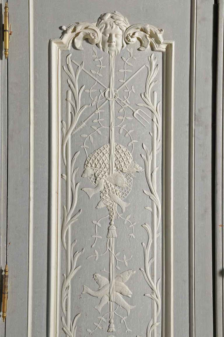 Pair of doors maded of French Regence style oakwood  woodwork carved panels. 3